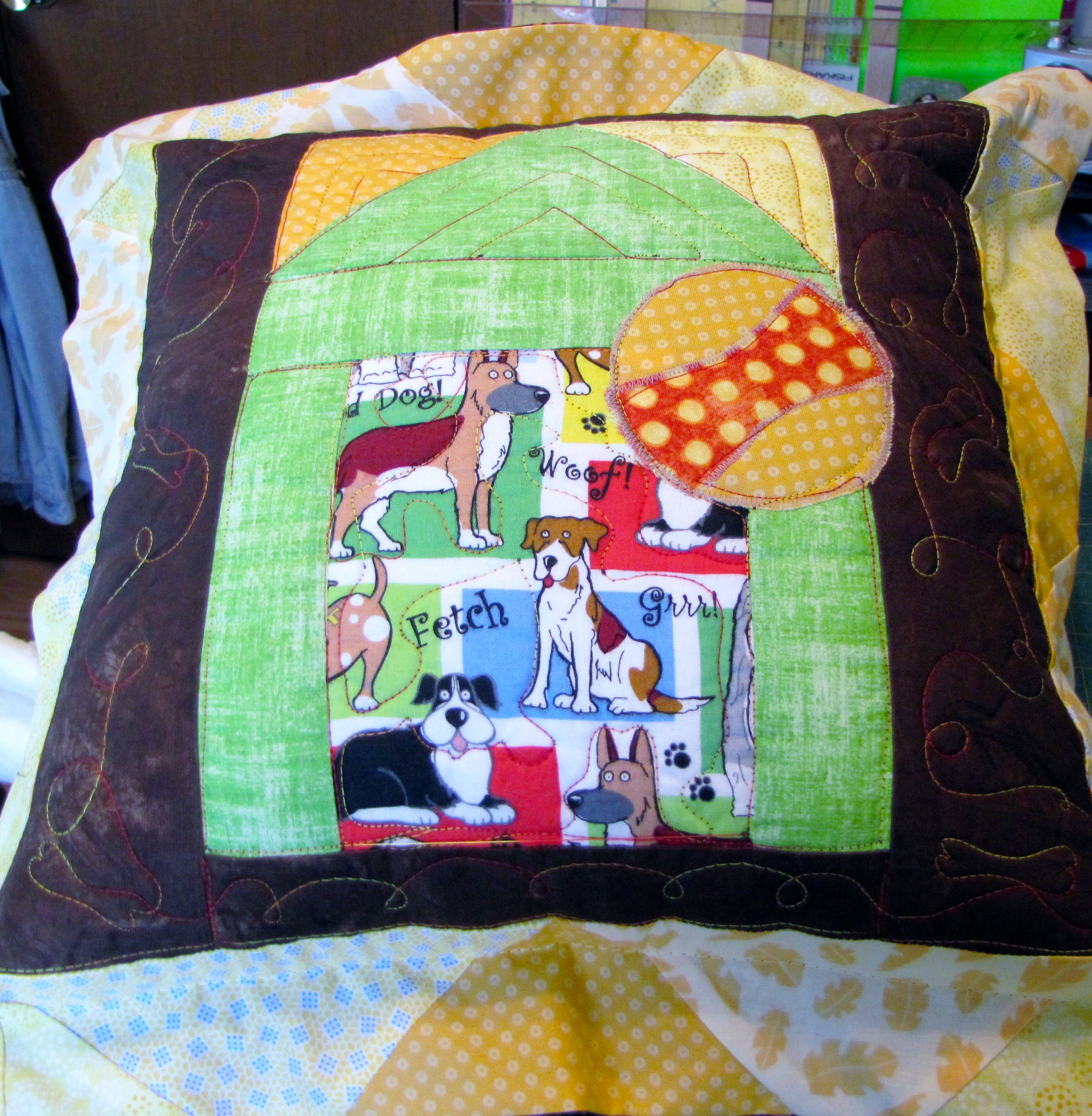 Linda created and donated this pillow and accompanying quilt for a no-kill shelter auction. The set fetched $1,200.